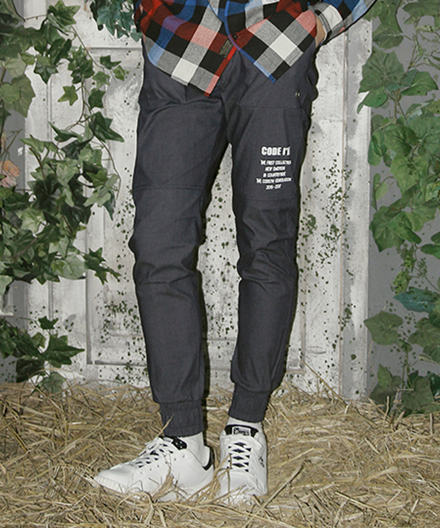 WASHED DENIM JOGGER PANTS INDIGO