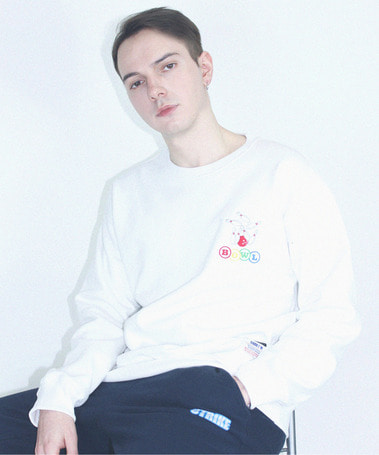 Bowl Napping Over Fit Crew Neck White
